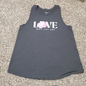 Old Navy graphic workout tank